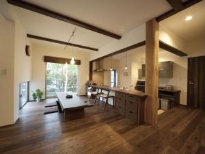 高橋工務店 - 趣きのある家づくり 趣楽の家